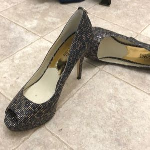 Michael Kors size 11 peekaboo toe high heel shoes